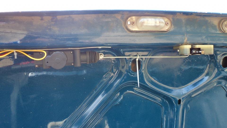 Как сделать багажник с кнопки ваз 2107