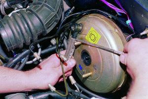 Замена вакуумного усилителя тормозов ВАЗ-2109