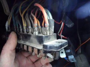Снять замок зажигания на ВАЗ-2106