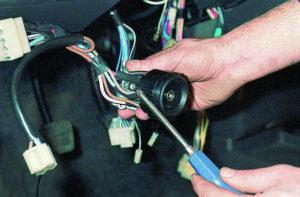 Замена замка зажигания ВАЗ-2109