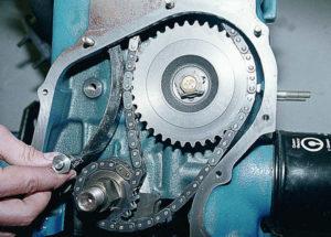 Замена натяжителя цепи ВАЗ-2107
