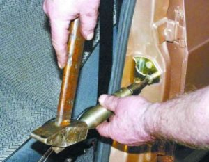 Регулировка дверей ВАЗ-2107