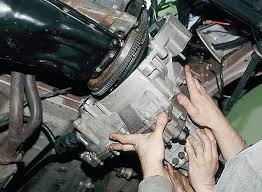 Как правильно снять коробку на ВАЗ-2107 своими руками