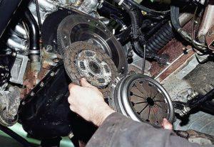 Замена диска сцепления ВАЗ-2107