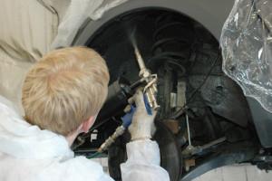 Обработка автомобильного днища от коррозии