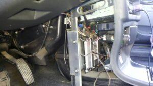 Дует холодный воздух на лобовое стекло ВАЗ-2114