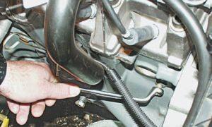 Слить бензин с ВАЗ-2114