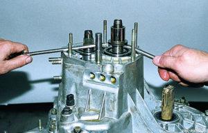 Ремонт коробки передач ВАЗ-2109