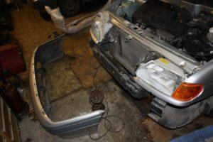 Снять передний бампер на ВАЗ-2114