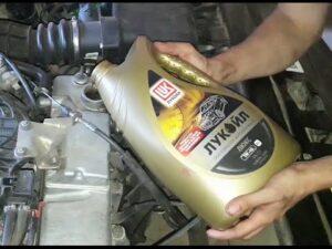 Бензин заливать в Ладу Приора