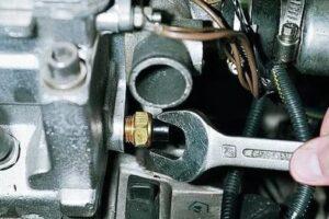 Датчик температуры ВАЗ-2115 инжектор