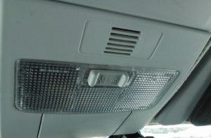 Замена осветительных ламп в Ладе Приора