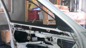 Как сделать двойные стекла на Ладу Приора своими руками