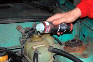 Промыть систему охлаждения двигателя ВАЗ-2110