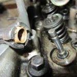 заменить маслосъемные колпачки на ВАЗ-2107