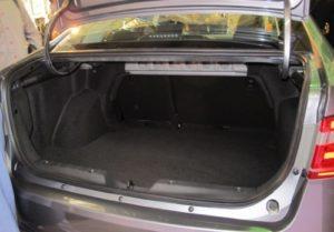 Какой объем багажника у Лада Веста