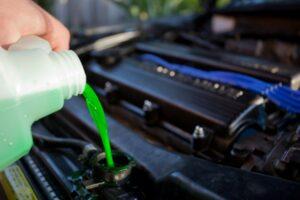 правильно устранить течь охлаждающей жидкости в автомобиле