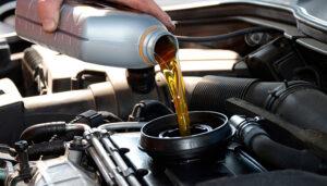 Почему нельзя постоянно доливать машинное масло вместо замены